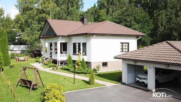 Aapontie 5 B 02180 Espoo