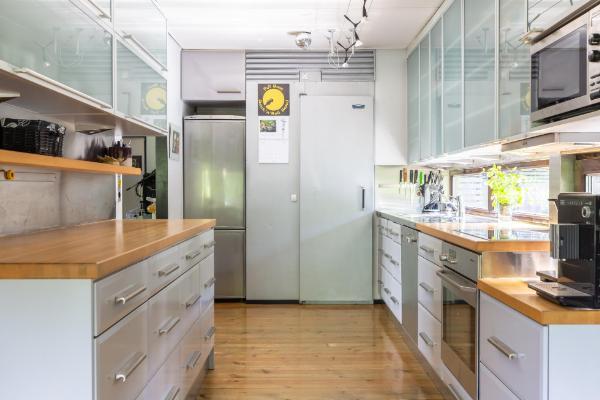 Tyylikäs ja ajaton keittiö