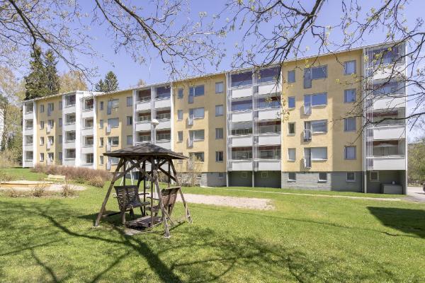 Kuusistonlinnantie 1, 00900 Itäkeskus, Vartiokylä
