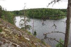 Upea järvinäkymä tontilta