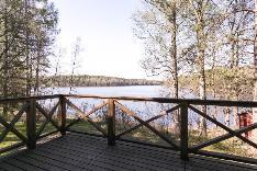 Parveke järvelle