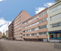 Julkisivu. Asunto sijaitsee 6/8 kerroksessa.