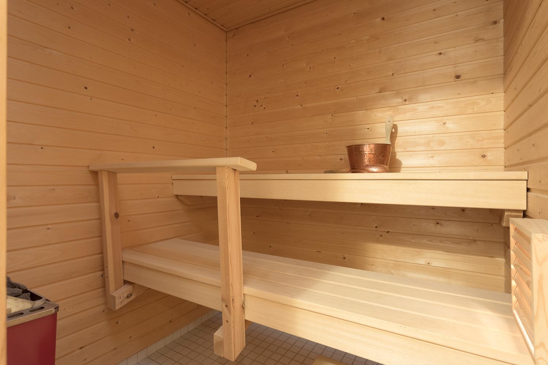 Hyväkuntoinen lähes käyttämätön sauna. title=