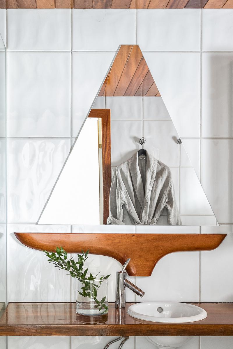 Yksilöllinen puusepän valmistama purjevenepeili. title=