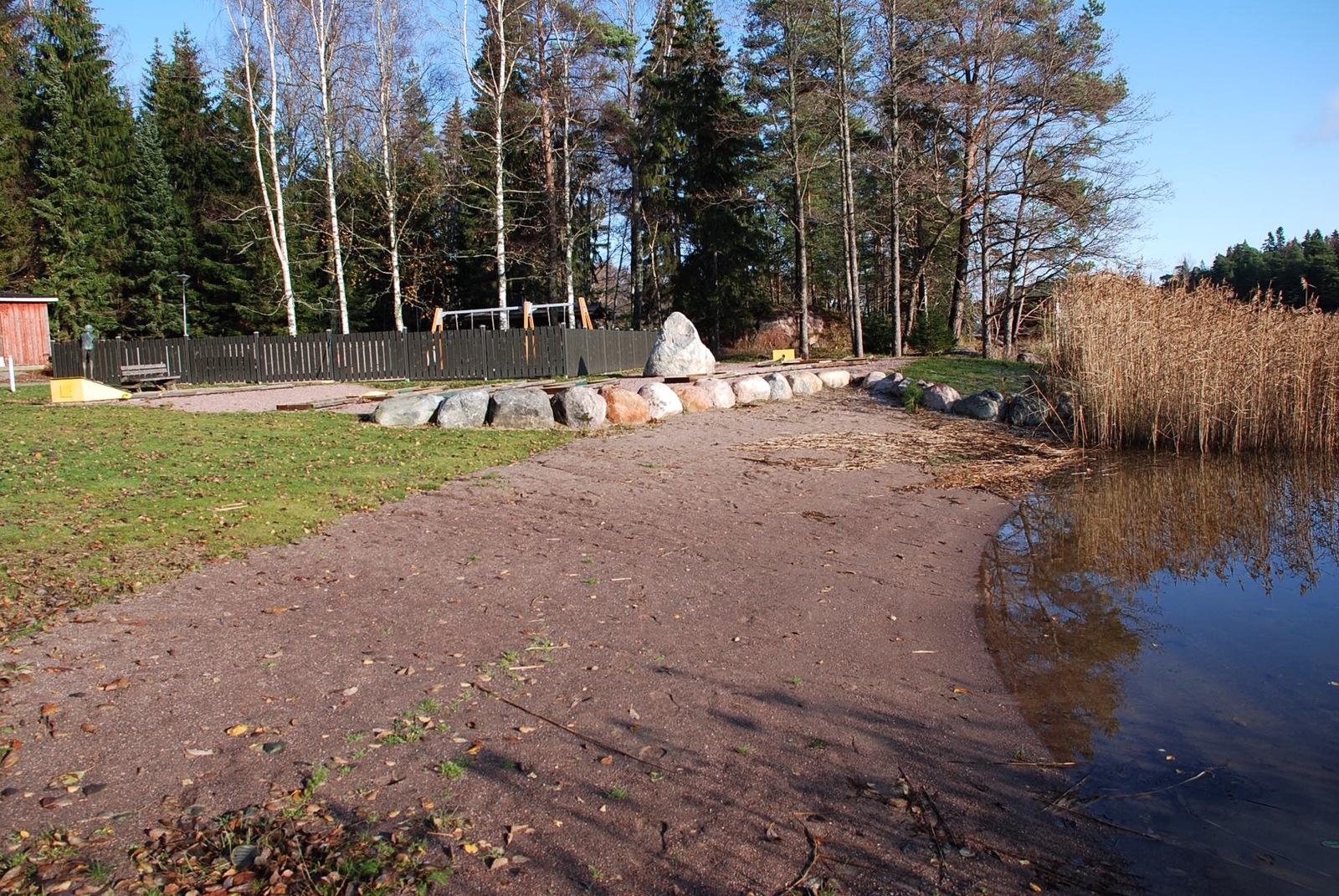 Mökkikylän ranta title=