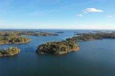 Svarthomen saari Espoon mantereen vieressä