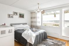 Yläkerran master bedroom
