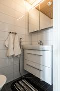 Erillinen wc tuo arkeen sujuvuutta