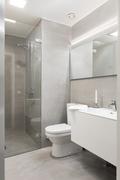 Kylpyhuone, jossa jonka seinät mikrosementoitu