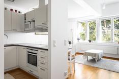 keittiö ja olohuone