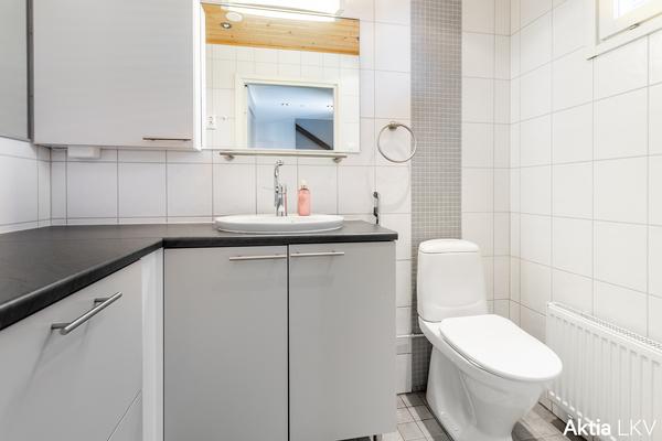 WC, 1 kerros