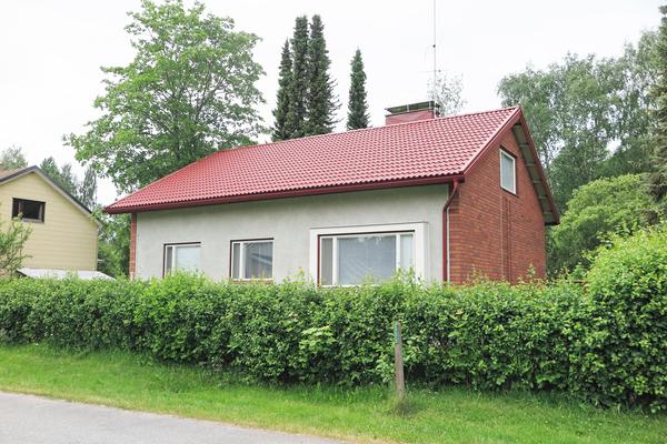 Laukkatie 19, Hämeenlinna (Pullerinmäki)