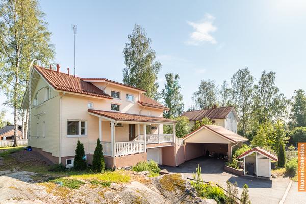 Saunakalliontie 18, Järvenpää (Saunakallio)