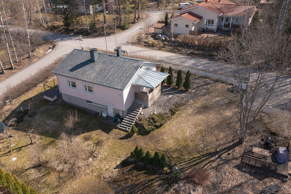 Saarnimetsäntie 45, Lohja (Maksjoki)