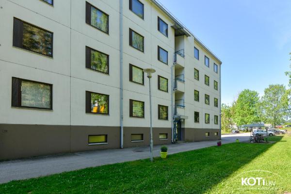 Keinulaudantie 3, 00940 Helsinki