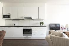 Keittotila on tyylikkään hillitty ja erinomaisessa kunnossa vähäisen käytön vuoksi.